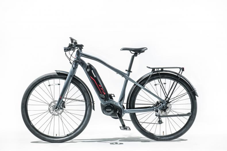 Electric Bikes: Changing Commuting, Winning Over Riders
